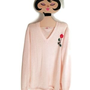 Beautiful! Vintage Sweater w/ Rose Detail